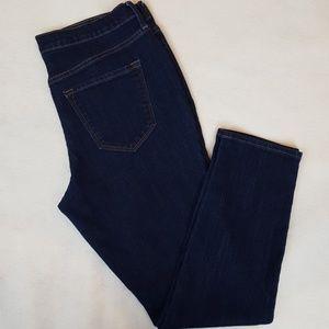 Old Navy Dark Wash MidRise Straight Leg Ankle Jean